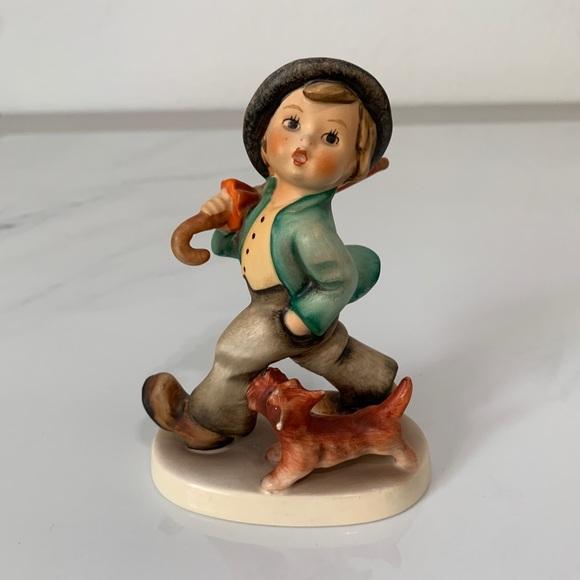 "Hummel ""Strolling Along"" Figurine"